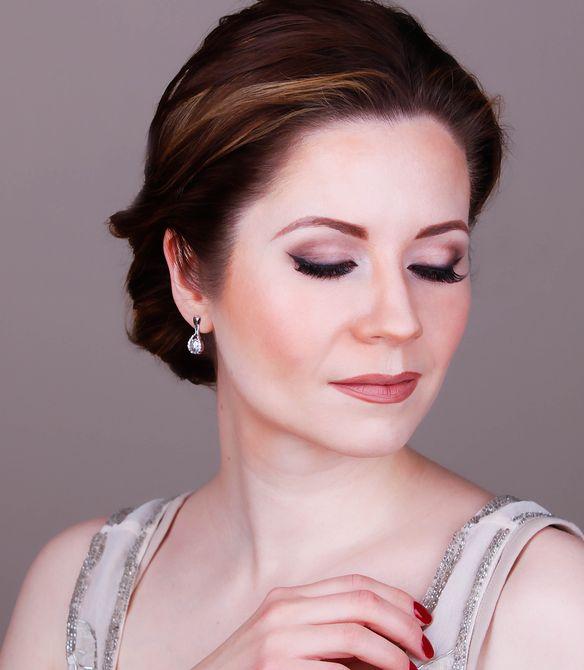 Angelina Jolie Inspired Makeup Tutorial 4