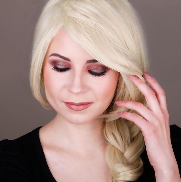 Makeup Look I Would Give Christina Aguilera 3