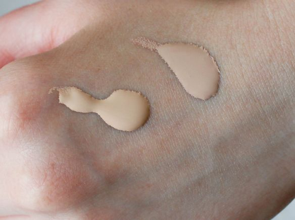 MAC Pro Longwear Concealer NW20 MAC Pro Longwear Nourish Waterproof Foundation in NC15